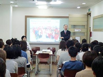 立命館アジア太平洋大学 学長室 東京分室 課長 伊藤 健志 様