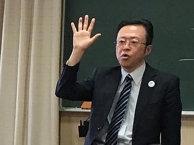 宝仙学園中学・高等学校 共学部理数インター 校長 富士 晴英 様様