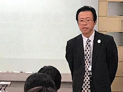 宝仙学園中学・高等学校 共学部理数インター 校長 富士 晴英 様
